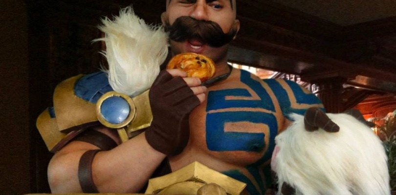 Cosplayer of the Month: Drefan Cosplay