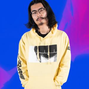 1x1 yellow-hoodie mob